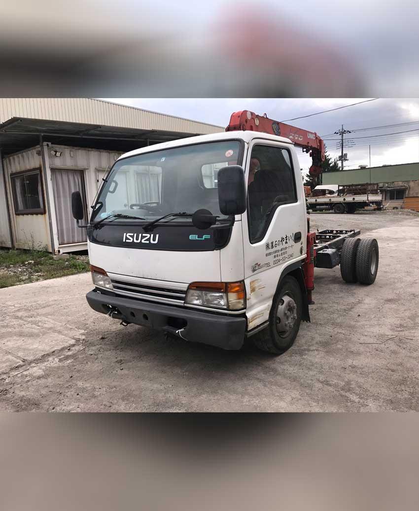 นำเข้ารถบรรทุกติดเครนจากญี่ปุ่น ญี่ห้อ ISUZU NPR72L