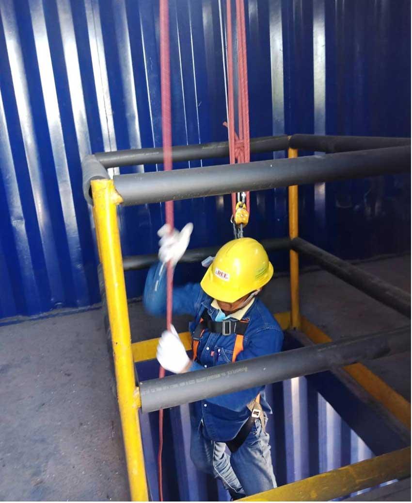 อบรมความปลอดภัยการทำงานในที่อับอากาศ (4 ผู้)